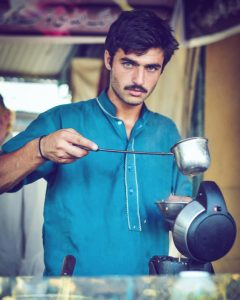 Blue-eyed Indian Milk Tea-seller becomes social media sensation in India and Pakistan